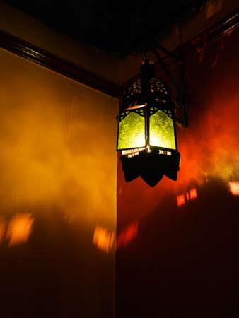 enigmatic: Intrigante, enigmatico sfondo lanterna marocchina.