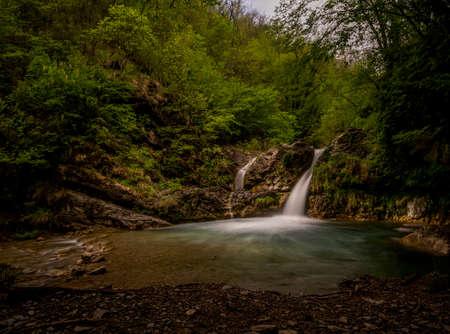 Cascate di Fiacciano aka Bozzi delle Fate ie: Fiacciano waterfalls, aka The Fairy Ponds. Near Fivizzano, north Tuscany, Italy. Long exposure. Stok Fotoğraf