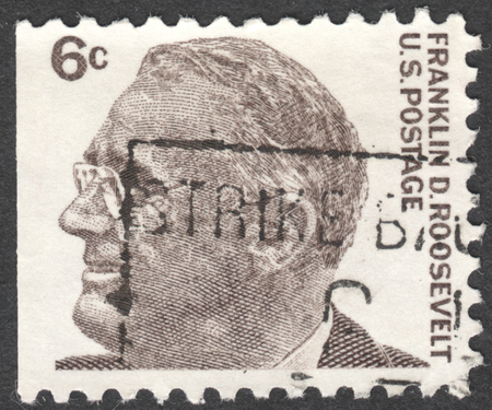 prominent: MOSCOW, RUSSIA - JANUARY, 2016: a post stamp printed in the USA shows a portrait of Franklin D. Roosevelt, the 32th President of the USA, the series Prominent Americans - Roosevelt, circa 1966