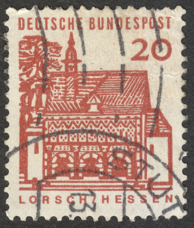 bundespost: MOSCOW, RUSSIA - CIRCA NOVEMBER, 2016: a post stamp printed in GERMANY shows Gatehouse of Lorsch, Hessen, the series German Building Structures of the 12th Century, circa 1965
