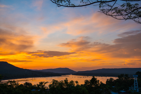 Morning sky over the river in rural of Thailand Standard-Bild