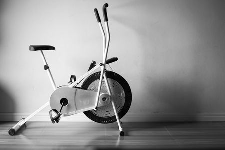 exercise bike gym black and white Foto de archivo