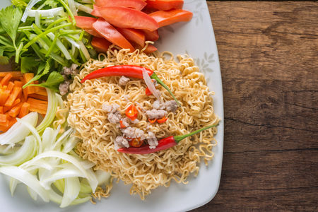 Close up the menu of instant noodles ingredients to be converted into Thai traditional flavor. Foto de archivo