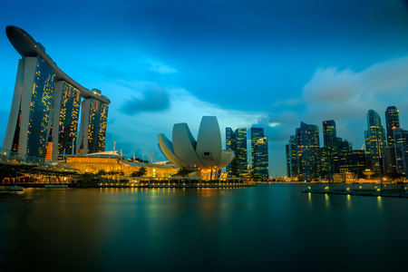 SINGAPORE - March 28,2015: The Helix Bridge, Marina bay sands at night. Marina Bay Sand iconic design has transformed Singapore's skyline. Designed by architect Moshe Safdie. Publikacyjne