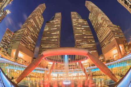 富、シンガポールの噴水