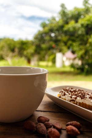 aire puro: el caf� al aire libre con hermosas vistas a su alrededor