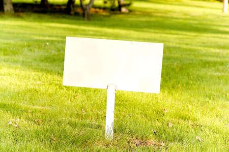 Empty Sign photo