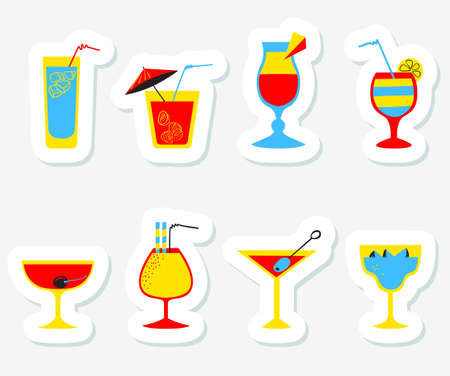 party drinks: Stickers set with alcohol cocktails. Flat cartoon style collection of tags with drinks, juice and decorations in glasses with fruits. Vector illustration for beach summer party, cocktail designs Illustration