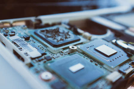 nieuwe technologieën in de computerindustrie. Processor, moederbord en onderdelen van de computer. Macro. Modern Stockfoto