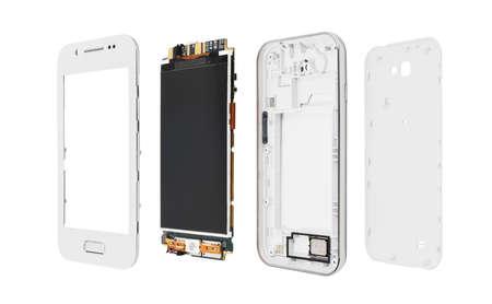 Gedemonteerde smartphone die op witte achtergrond wordt geïsoleerd.