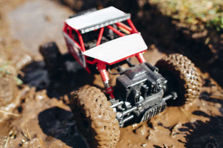 Crawler Toy Racing Extreme Mud Fun Hobby Adult Leisure Entertainment Concept
