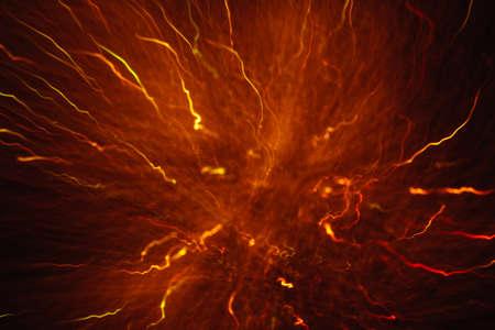 黒にモーションでカラフルな crankles の抽象的背景。デフォーカス曲線のボケ、ぼやけたネオンオレンジ色の led、ガス放電プラズマボールと同様に、