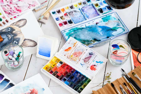 art painting hobby. creative leisure. talent inspiration creation and self expression concept. artwork paintings drawings and watercolors 版權商用圖片 - 100153193