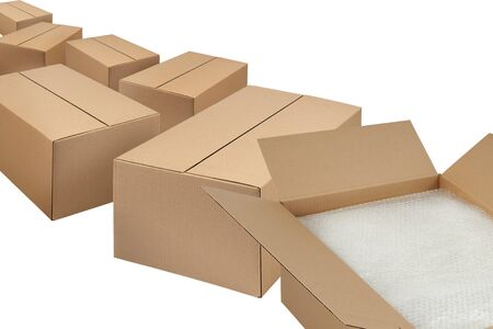 Opened cartoon box isolated on white. box for parcels and crossings. moving box