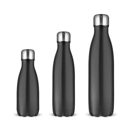 Vector réaliste 3d noir vide métal brillant bouteille d'eau réutilisable sertie de gros plan de bonde d'argent sur fond blanc. Différentes tailles. Modèle de conception d'emballage pour maquette, publicité. Vue de face.