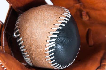 guante beisbol: Guante de b�isbol con la bola