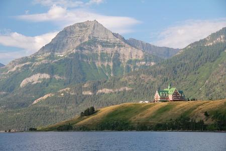 Historic Prince of Wales Hotel - Waterton Lakes National Park, Alberta 스톡 콘텐츠