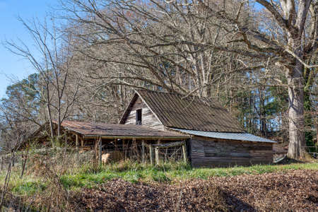 appalachian mountains: Old Shed in the Appalachian Mountains in Late Autumn - Northern Georgia, United States Stock Photo
