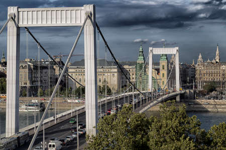 elisabeth: A  view of the Elisabeth Bridge on the Danube river in Budapest in Hungary.