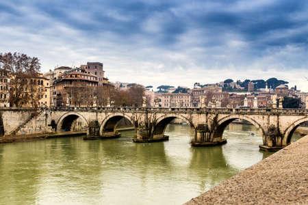 tevere: Bridge over the Tiber river in the center of Rome.