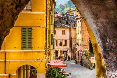 alley  of Brisighella, hill village in Emilia Romagna in Italy 스톡 콘텐츠