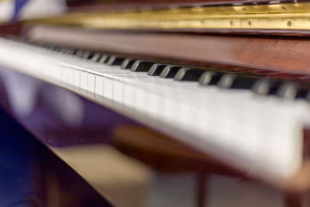 fade: piano keys that are going to fade into the horizon