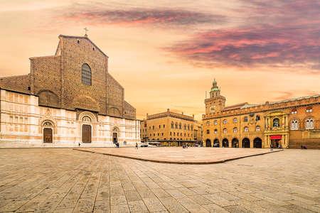 historic center of Bologna in Italy, ancient buildings and basilica in main square Foto de archivo