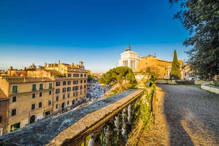 Vista Panoramica Del Centro Storico Di Roma, Italia Da Terrazzo Foto ...