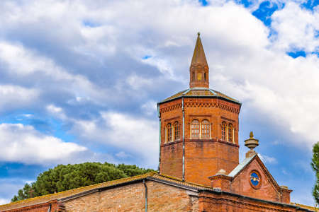 Italian renaissance palace with red bricks