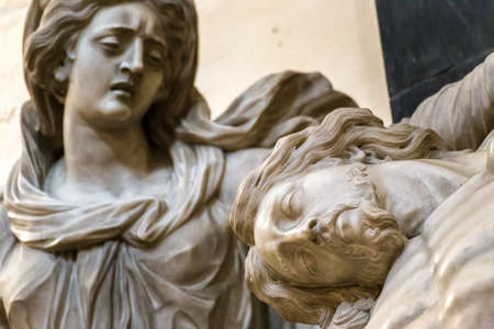 statue of the Blessed Virgin Mary and  Dead Jesus Christ Foto de archivo