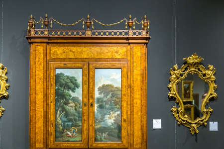 MODENA, ITALY – FEBRUARY 15, 2019: Priceless artworks offered for sale by antique dealers during Modenantiquaria the most visited high quality antiques fair in Italy Éditoriale