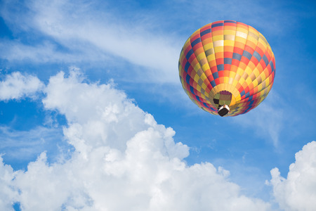 hot summer: Hot air balloon with blue sky background