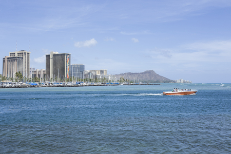 diamond head: Honolulu skyline with Diamond head mountain background