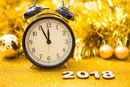 Weinleseuhr um Mitternacht zum guten Rutsch ins Neue Jahr 2018
