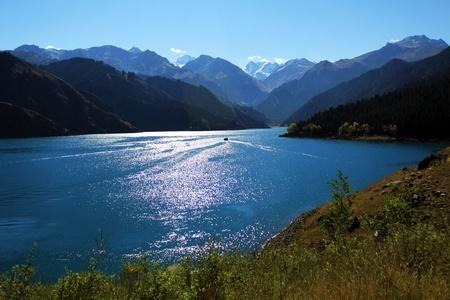 xinjiang: Ciel Lake, dans le Xinjiang, en Chine
