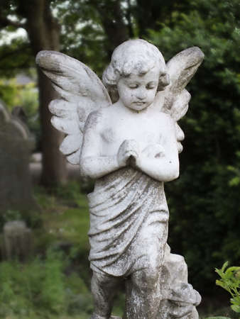 Beautiful cherub headstone photo