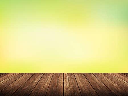 Lege houten tafel over wazig natuur met bokeh achtergrond, product-display template