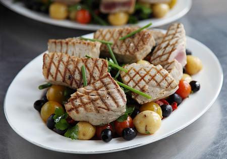seared: Seared tuna nicoise salad