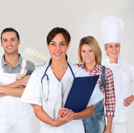 formacion empresarial: Grupo de adultos j�venes en formaci�n empresarial