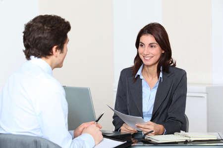 Sollicitant hebben een interview Stockfoto