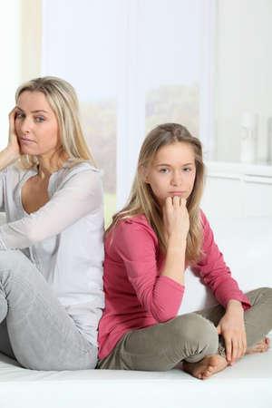 problemas familiares: Madre y la hija de relaci�n dif�cil