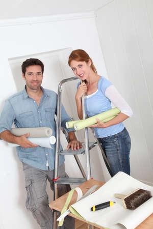 reforming: Par poner nuevo papel tapiz en sala