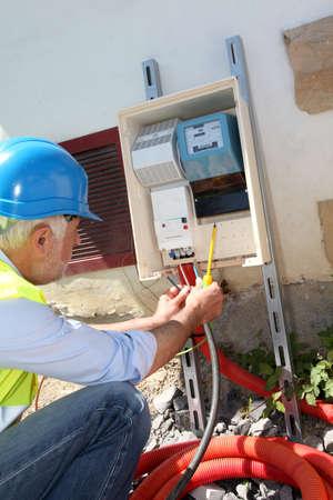 ingenieur electricien: Ing�nieur �lectrique sur la construction site