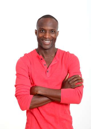 uomo rosso: Handsome uomo nero con atteggiamento allegro