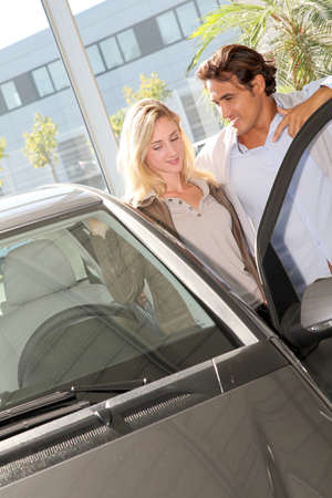 Couple looking to buy a new car Stock Photo - 10625808