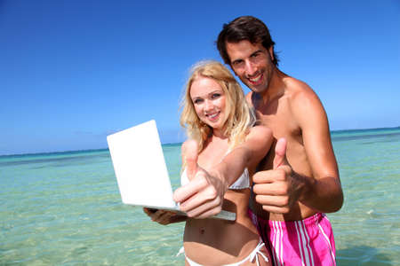 Pormoting honeymoon travel destination photo