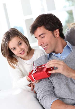 padres: Padre la celebraci�n del d�a en familia