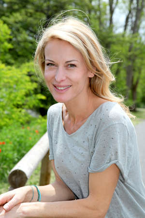 femme blonde: Portrait d'une femme belle blonde