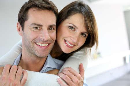 pareja de esposos: Retrato de pareja se cas� en casa
