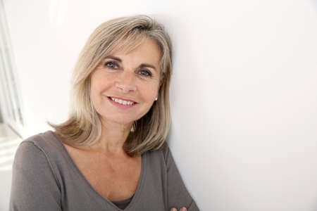 Portrait of smiling senior woman Imagens